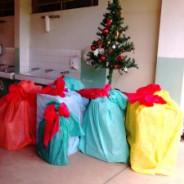 Projeto Vem Ser e entrega de Natal solidário na EMEF Rosiris