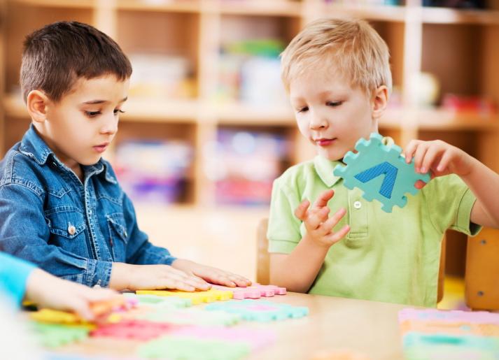 Palestra: Brincando com autistas, 16.fev.2013